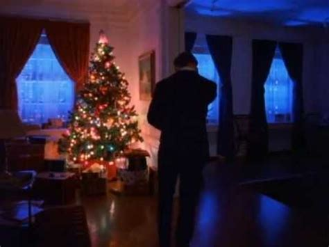 Every Christmas Tree in Eyes Wide Shut - YouTube